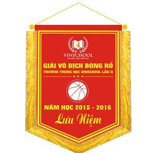 In cờ lưu niệm tại Hà Nội
