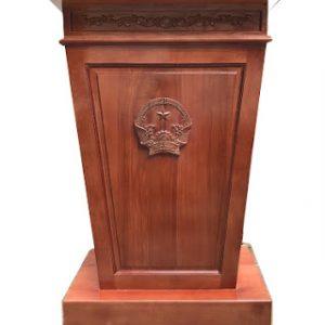 Giá bục phát biểu bằng gỗ