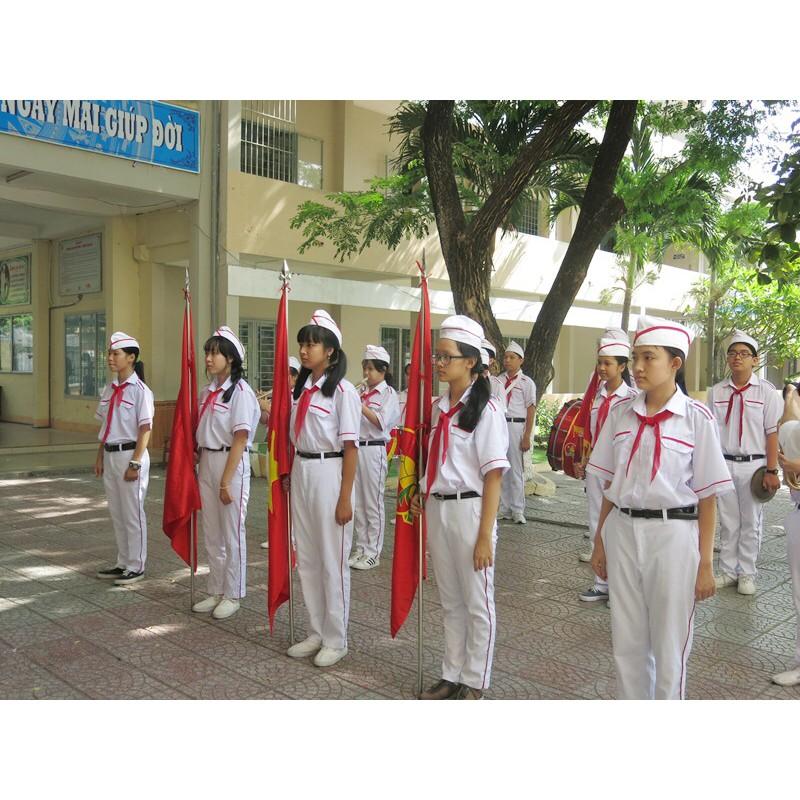 Trang phục biểu tượng của nghi thức đội