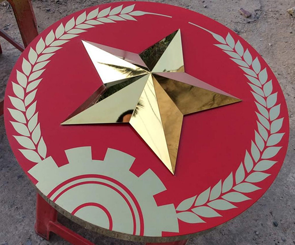 Thiết kế sao vàng treo hội nghị