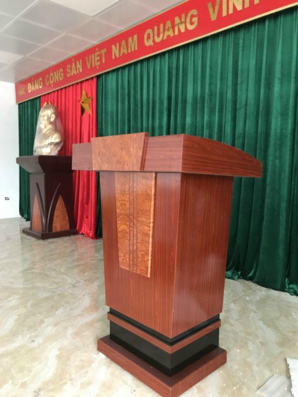 Vai trò của bục tượng Bác trong cuộc sống