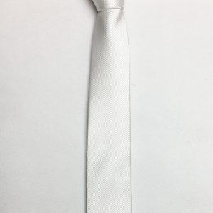 Thiết kế sang trọng của cà vạt thanh niên nam