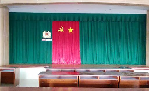 Thi công lắp đặt phông rèm hội nghị